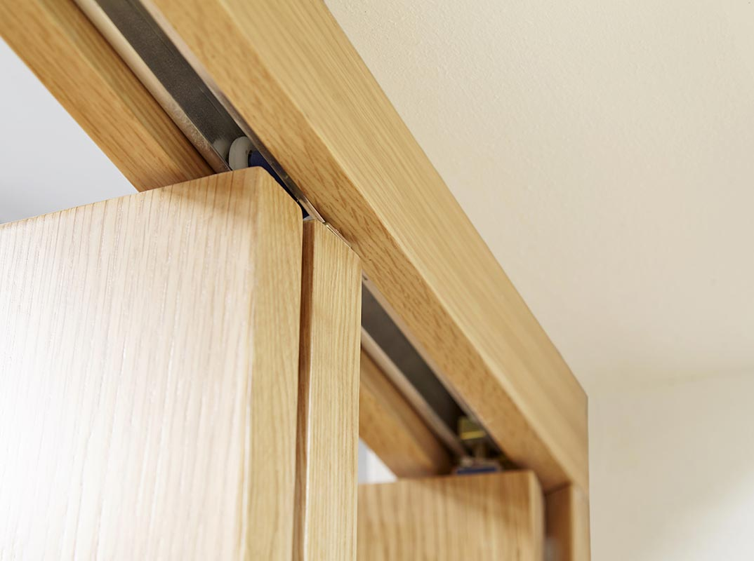 NUVU Glazed Oak P10 Roomfold - Clear Fully Finished