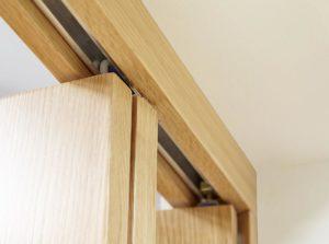 PREMIER Glazed Oak 4L Roomfold - Clear