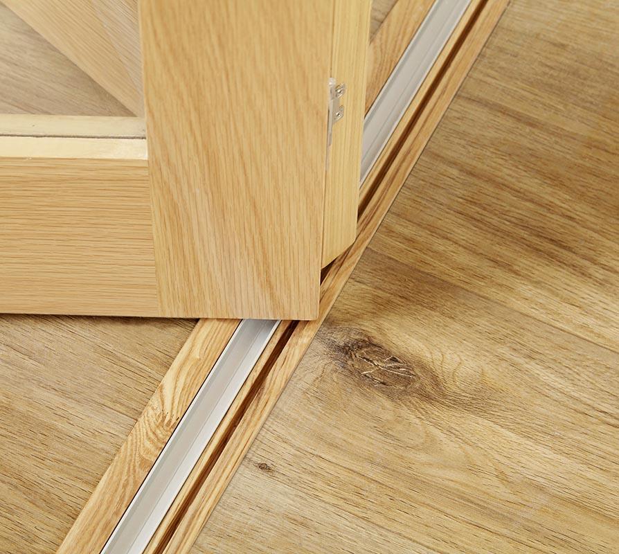 PREMIER Glazed Oak Roomfold - Clear