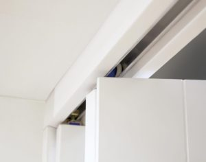 NUVU Glazed White P10 Roomfold - Frosted