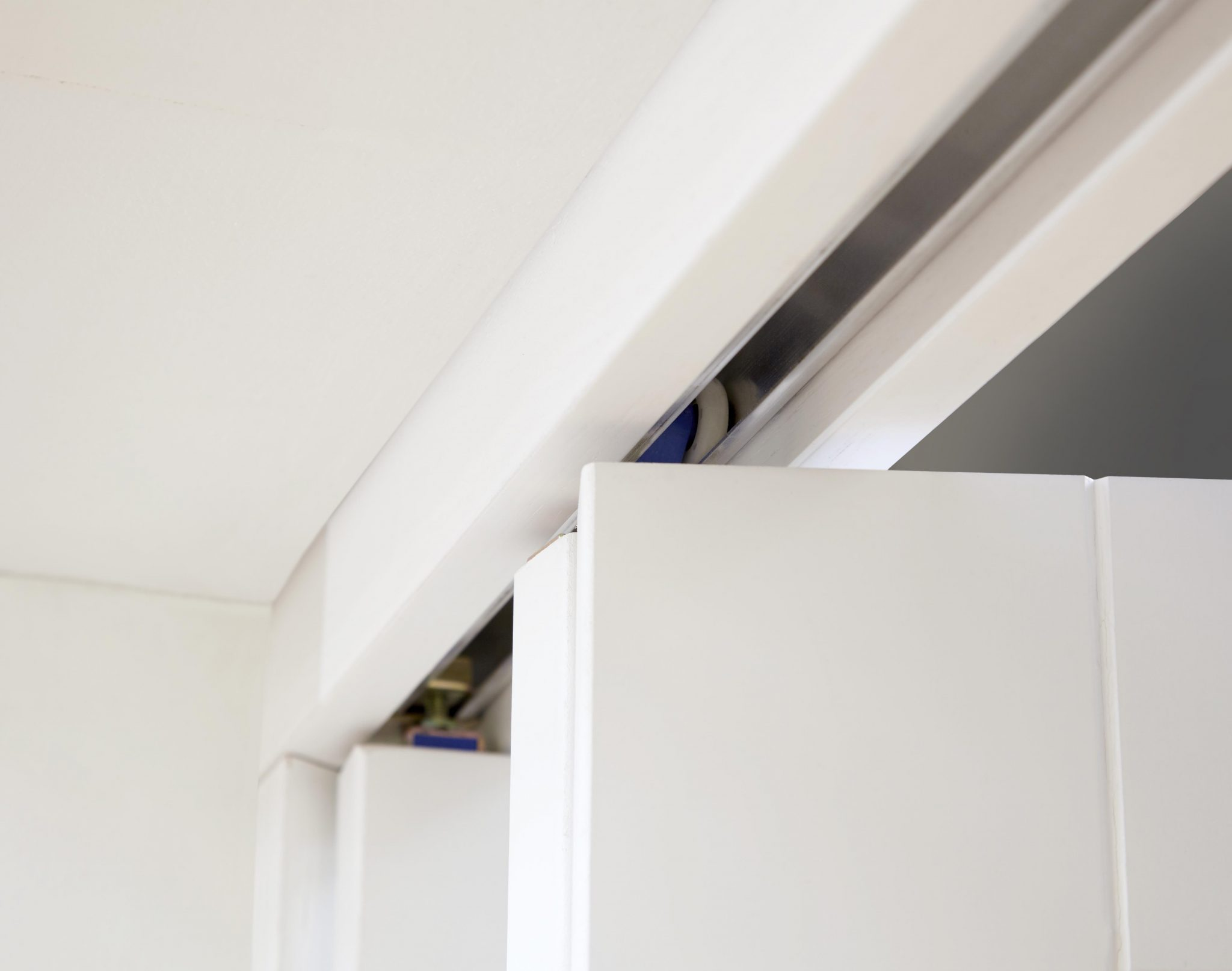 NUVU Lincoln White Primed Roomfold