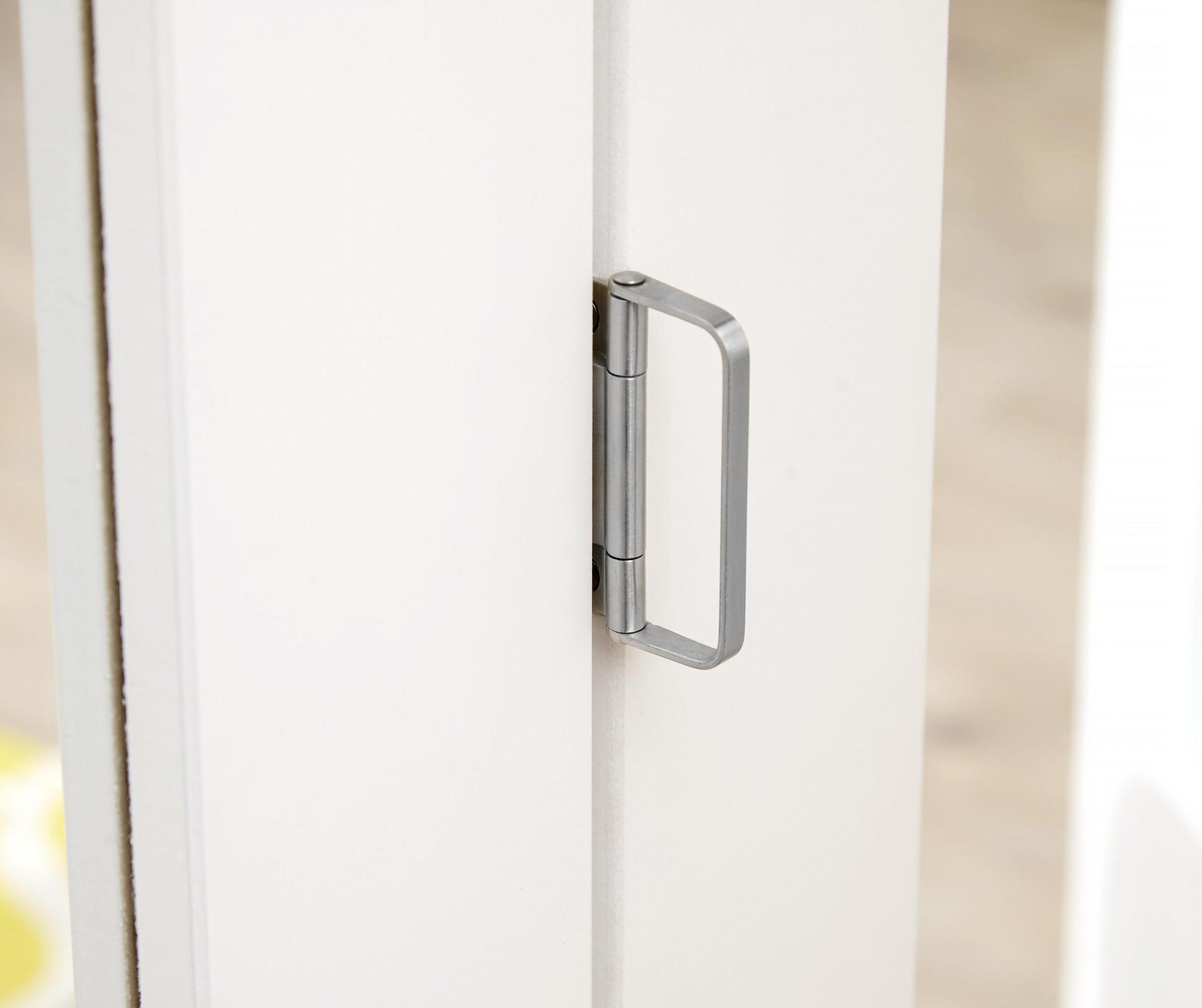 PREMIER Glazed White Roomfold - Clear