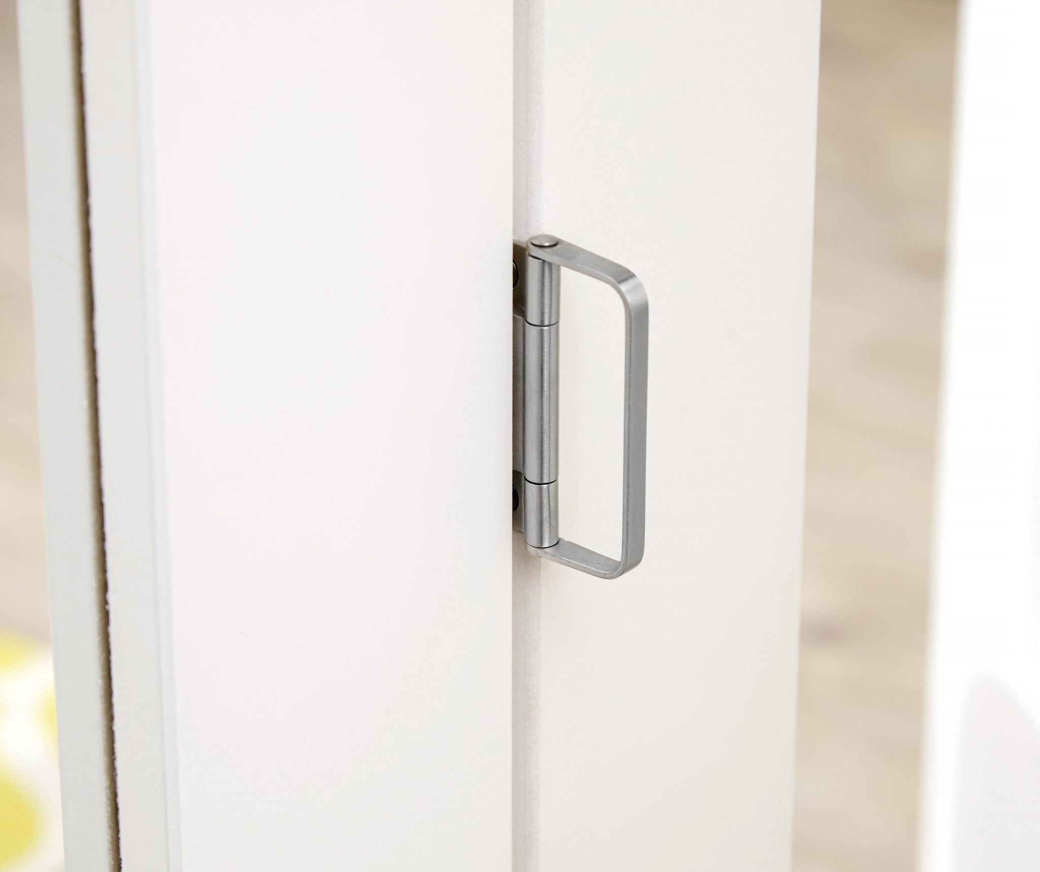 PREMIER White 4L Shaker Roomfold - Frosted